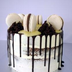 Drip_Cake_Macarons